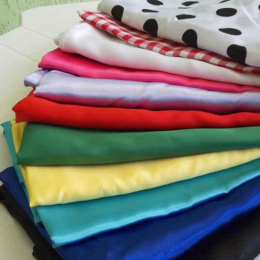 Toalhas de Mesa Coloridas de Cetim