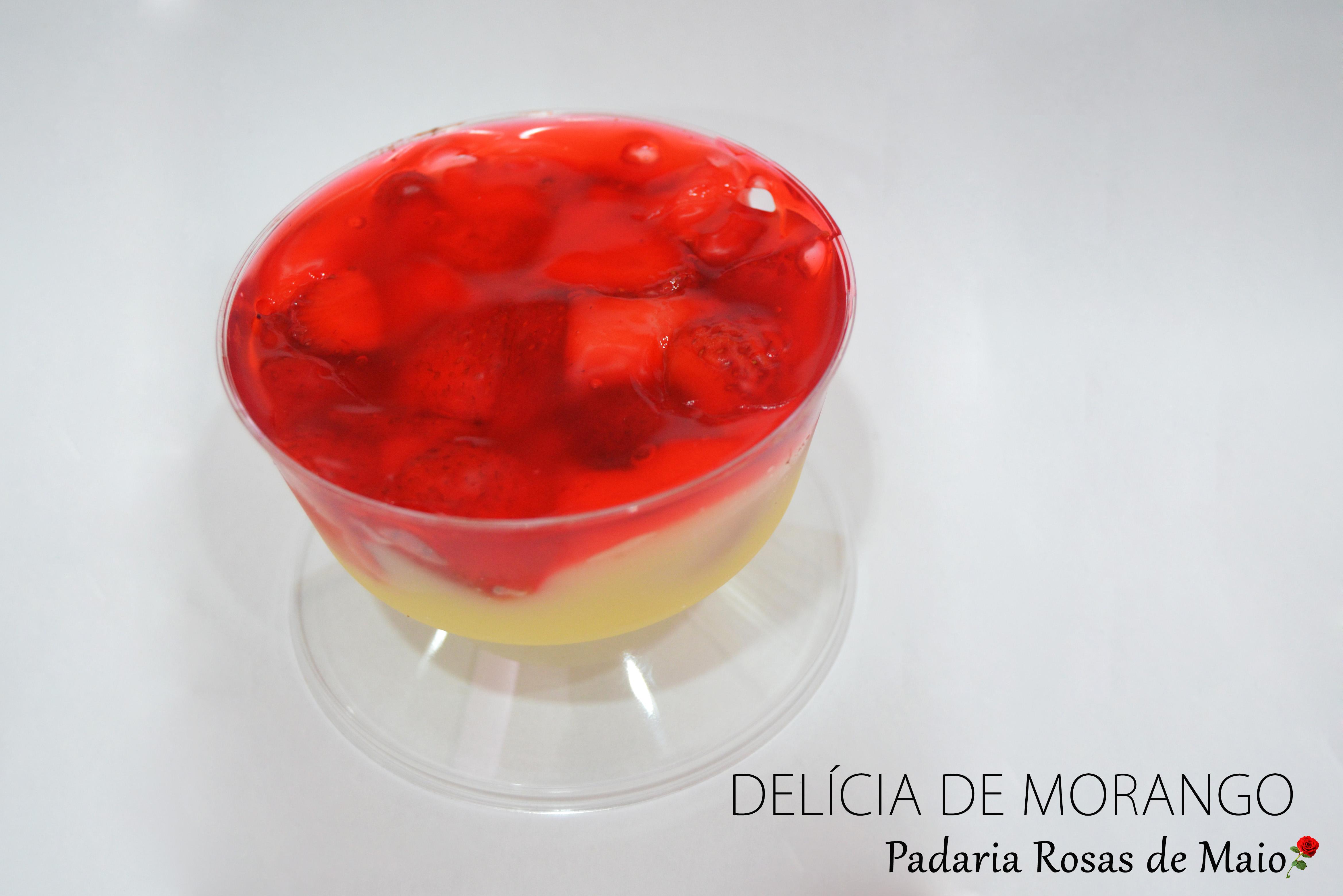 44. mini mousse morango