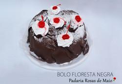 35. BOLO FLORESTA