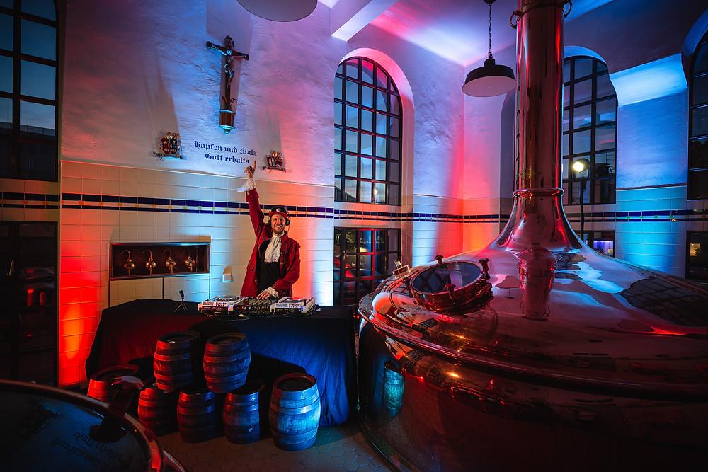 Hardstyle DJ Mozhart in der Augustiner Brauerei Kammermusik