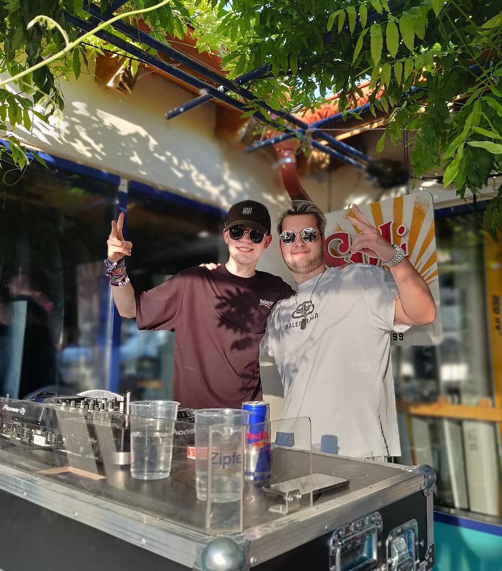 DJ Vinorate & DJ Lucien bei Born to Beach
