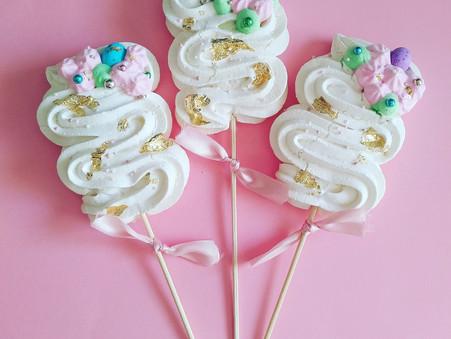 Mother's Day Dessert:  Meringue Lollipop with ice-cream