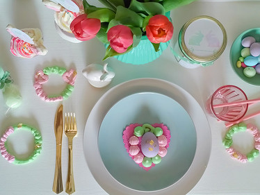 Free Printables:  Easter Tabletop Decor, Egg Hunt and a cute DIY