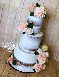 Semi Naked Cake w_ a