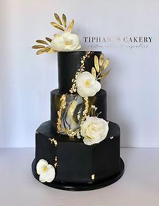 Black & Gold Marble Wedding Cake.JPG