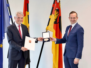 Progroup founder receives Business Medal of the State of Rhineland-Palatinate