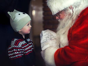 Father Christmas arrives at Groombridge Place