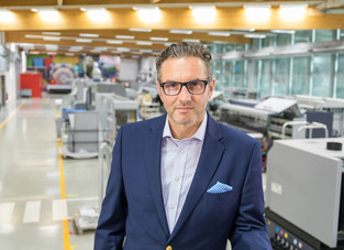 Durst acquires majority stake in US Vanguard Digital Printing