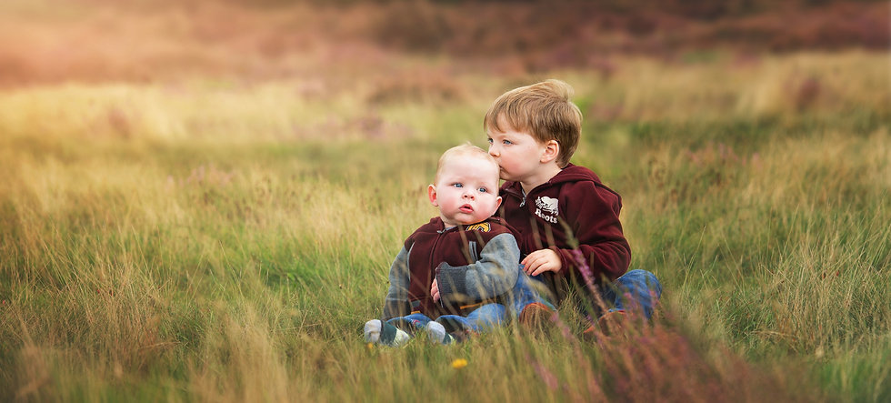two-baby-brothers-long-grass-jo-temple-p