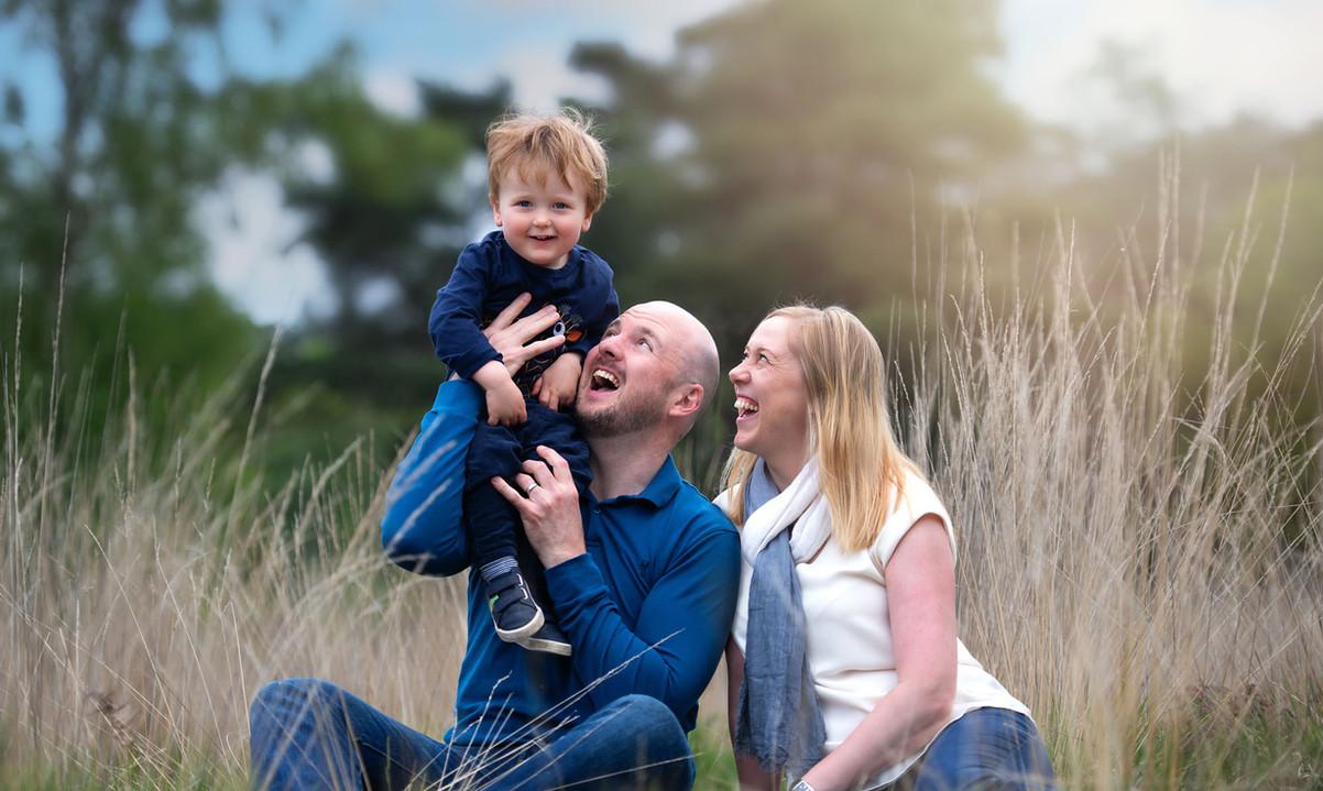 family-photoshoot-toddler-field.jpg