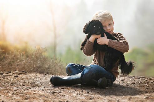 jo-temple-photography-autumn-boy-dog.jpg