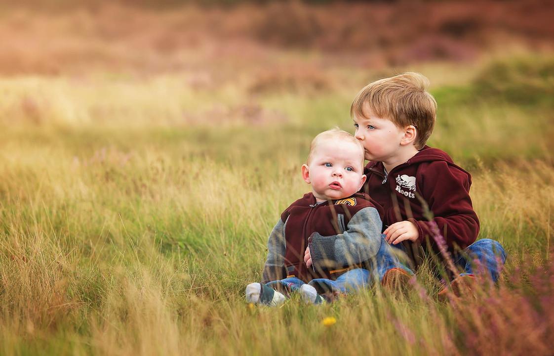 brothers-baby-toddler-long-grass-fieldfield.jpg