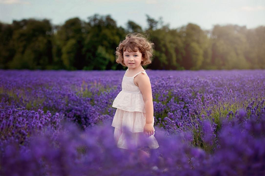girl-lavender-field-surrey-portrait-photographer