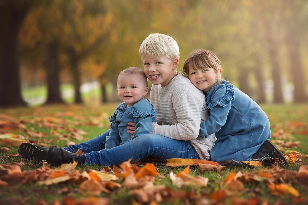 three-cousins-photoshoot-autumn-surrey.jpg