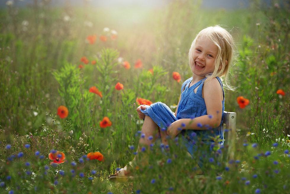 poppy-field-girl-surrey-photoshoot.jpg