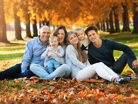 What to wear to create an awesome Autumn family photo