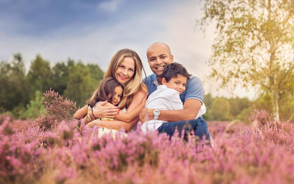 family-photoshoot-summer-purple-heather.jpg