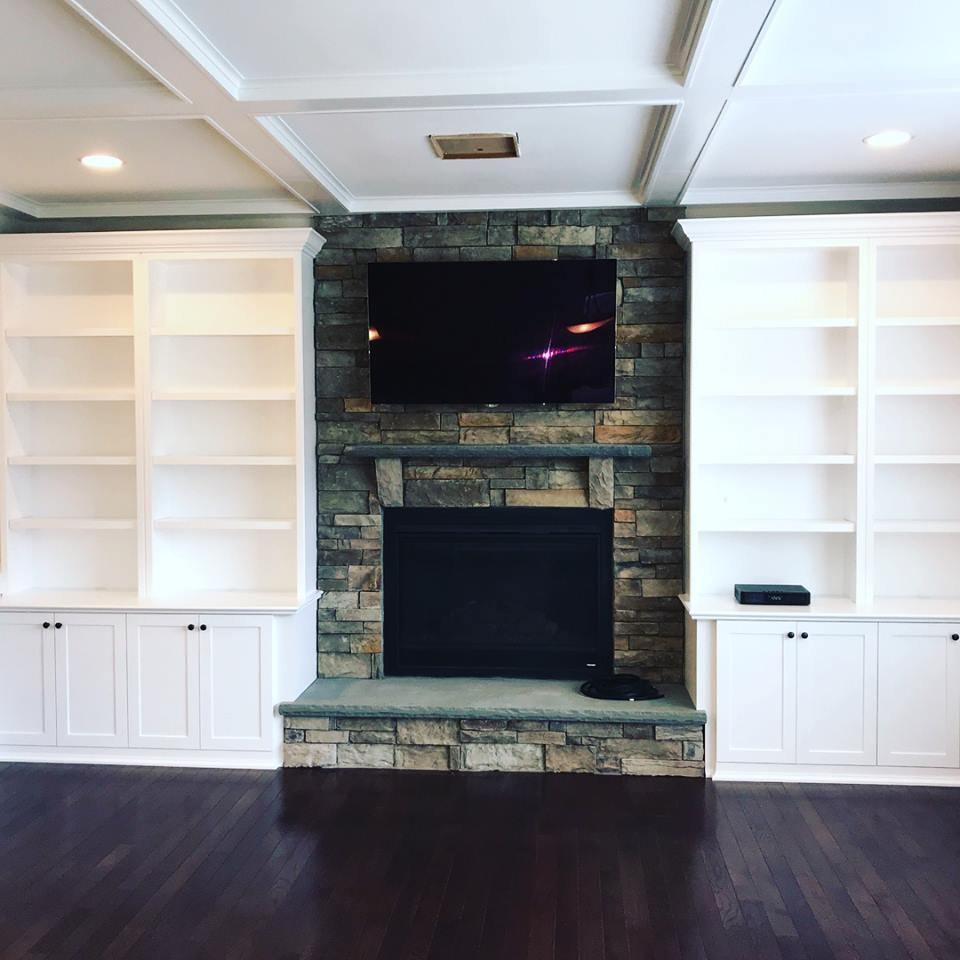 Custom Cabinets/Built-Ins