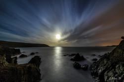 'Neath the pale moonlit