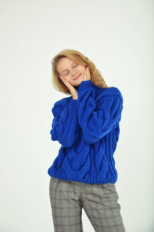 Hight-neck cable sweater-electric