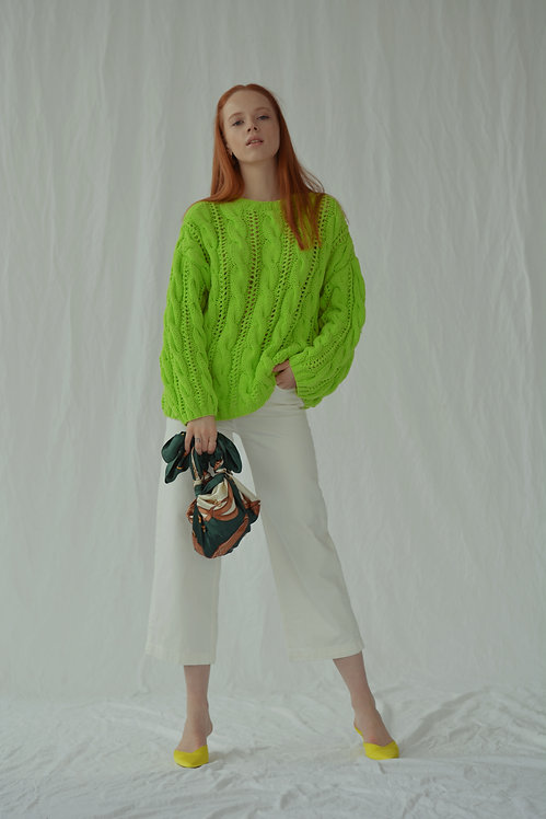 Oversized cable-knit sweater - neon