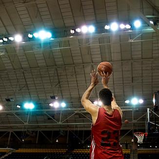 dc_cis_men_basketball01.jpg