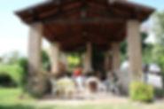 Case e Appartamenti vacanza per famiglie con bambini e gruppi. Immerso nel verde incontaminat del Parco del Subasio.