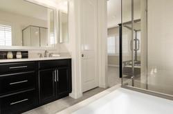 Jr_Suite_Bathroom_Crop - Copy
