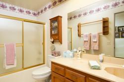 Aztec_Hallway_Bathroom_Main_Crop