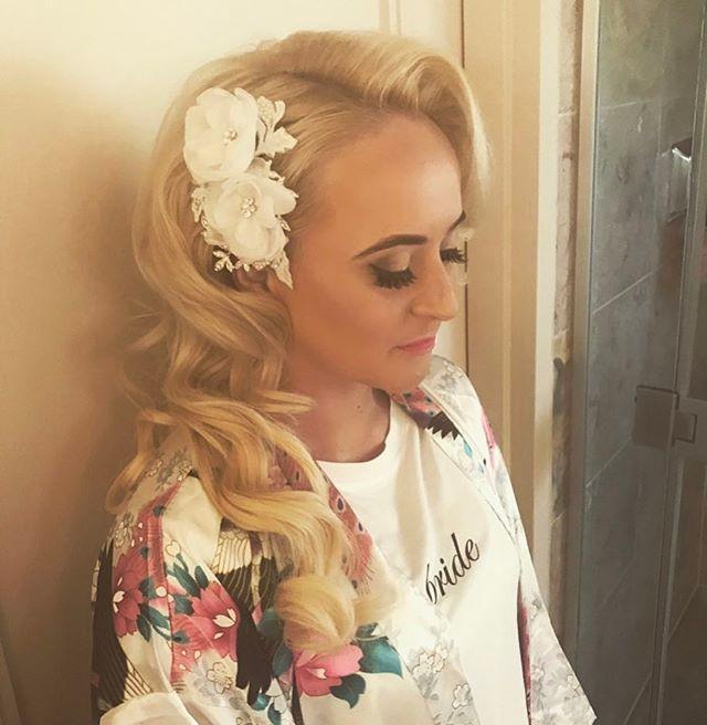 Bridal Hair & Makeup Today 💁🏼 Makeup b