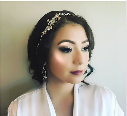 Bridal makeup by me 💋 Hair by _yourbeau