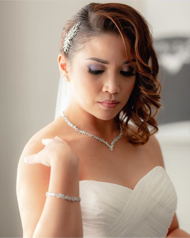 Beautiful bride _gueng28 on her wedding
