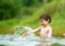 ребенок в чистой воде.jpg