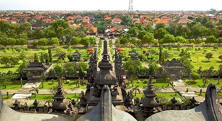 столица Бали Денпасар.jpg