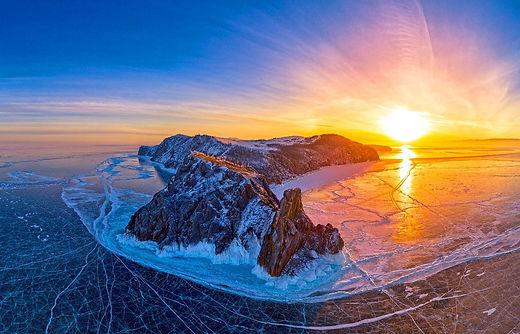 озеро Байкал зимой.jpg