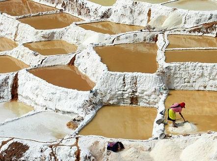 Добыча соли в Марасе Перу.jpg
