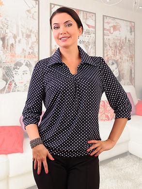 женщина в оригинальной блузке.jpg