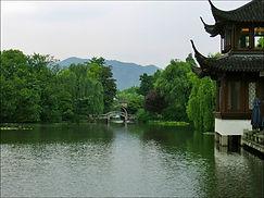Западное озеро, Ханчжоу, Китай.jpg