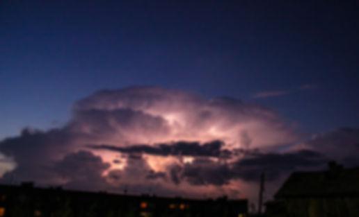 молния внутри тучи.jpg