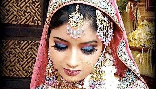 макияж женщин Индии.jpg