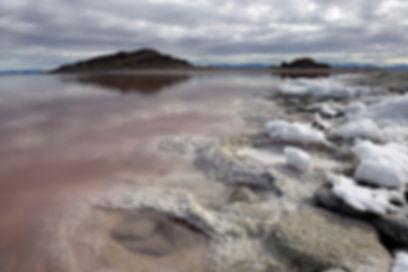большое соленое озеро.jpg