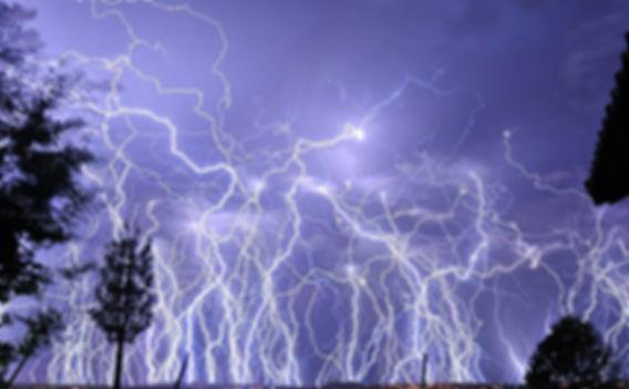 молния.jpg