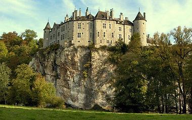Замок Вальзен Бельгия.jpg