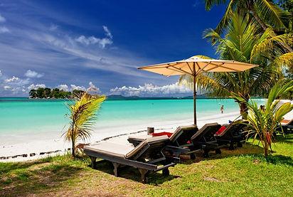 пляж острова сейшелы.jpg
