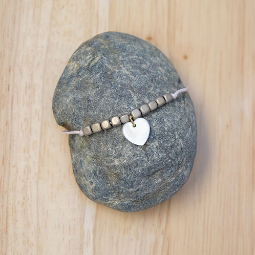 Bracelet perles grises / Coeur
