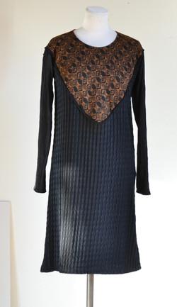 Robe plastron noire