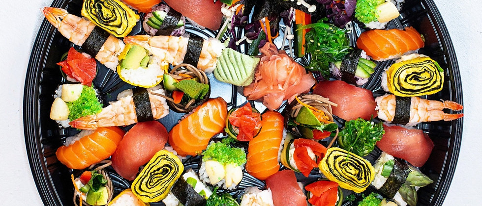 Deluxe Sushi Platter Large - Circular                            (Free Delivery)