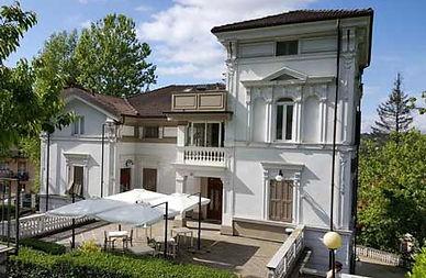 Villa_Gavina_Gavi.jpg