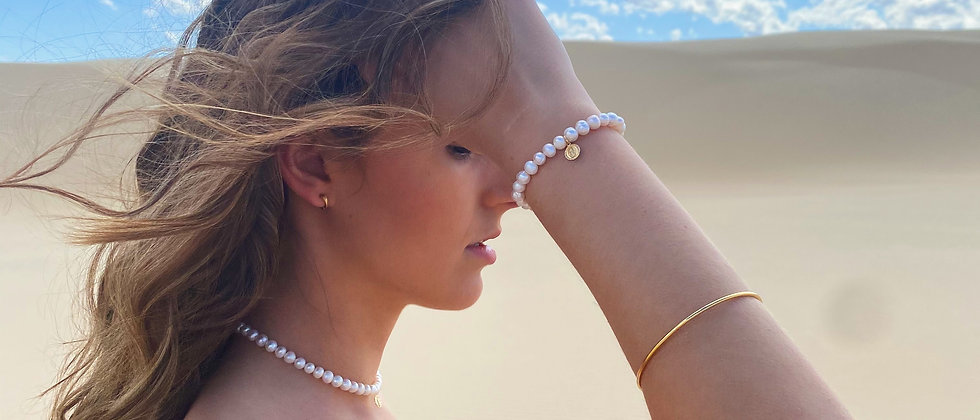 Freshwater Pearl Bracelet with charm