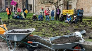 extinction rebellion dig up trinity coll